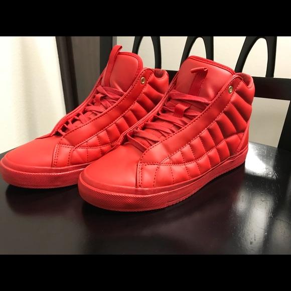 3877f439282 Zara High Top Sneakers